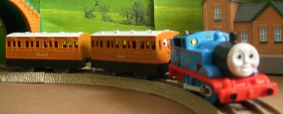 THOMAS -  TALK AND ACTION -TOMY THOMAS AND FRIENDS / TRACKMASTER