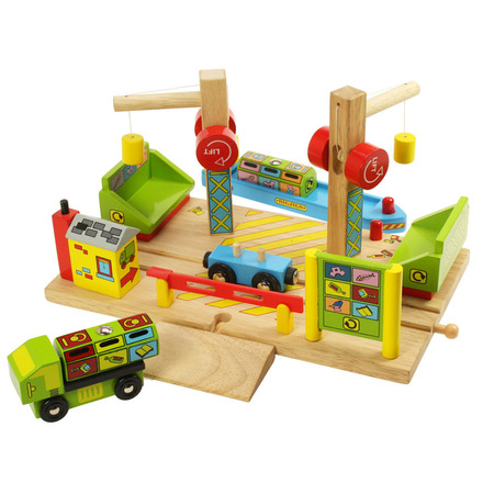 Dockside Recycling Centre - BigJigs Rail