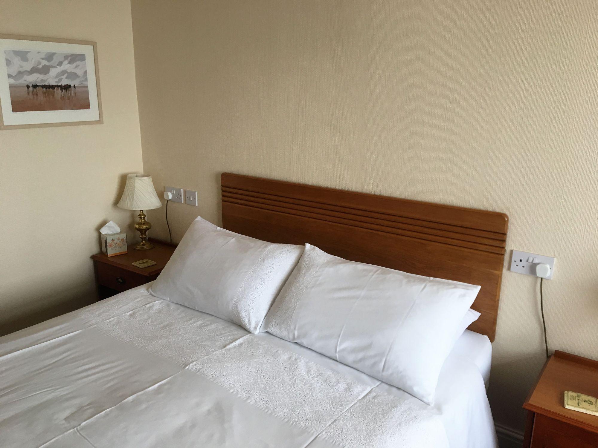 room 15 2