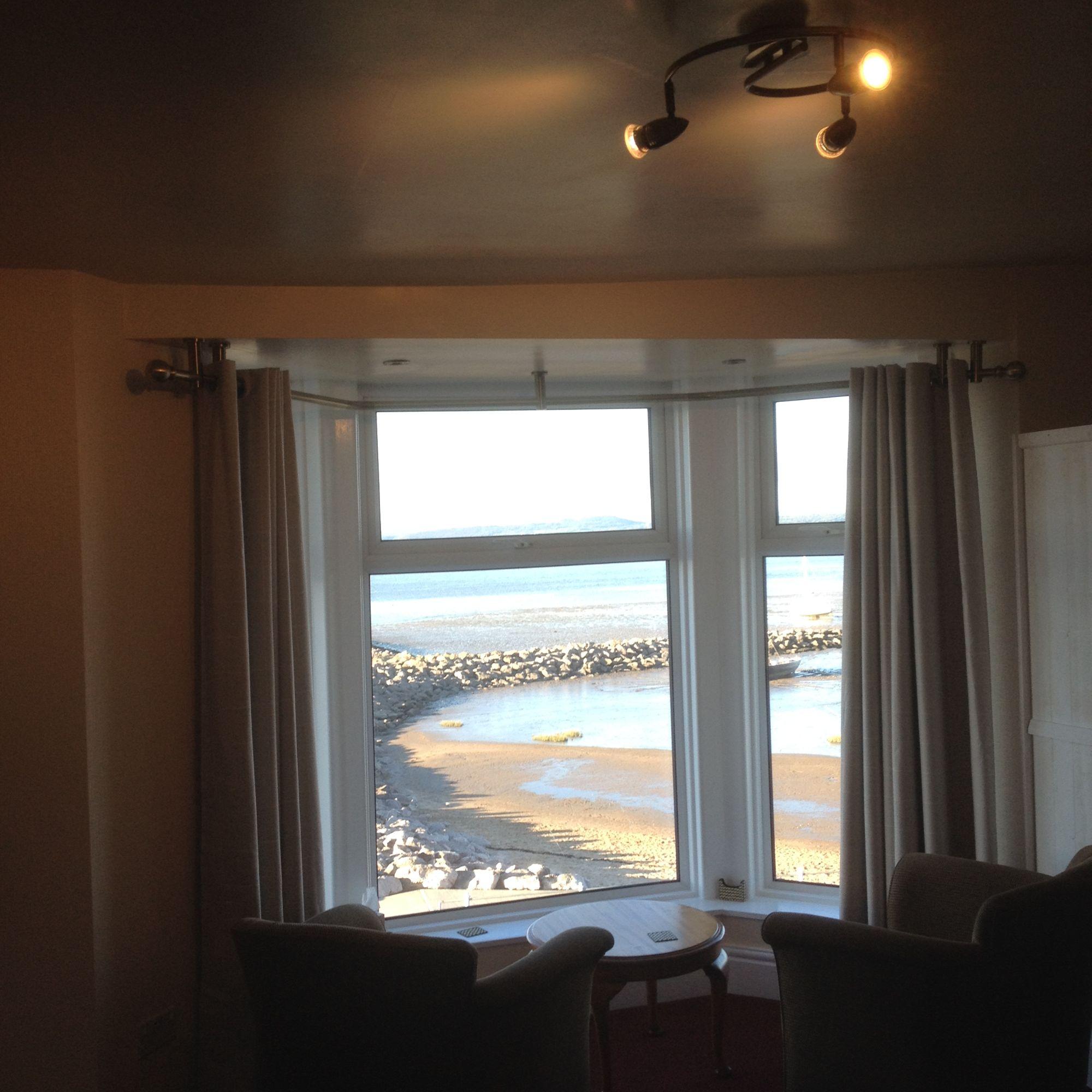 room 7 window
