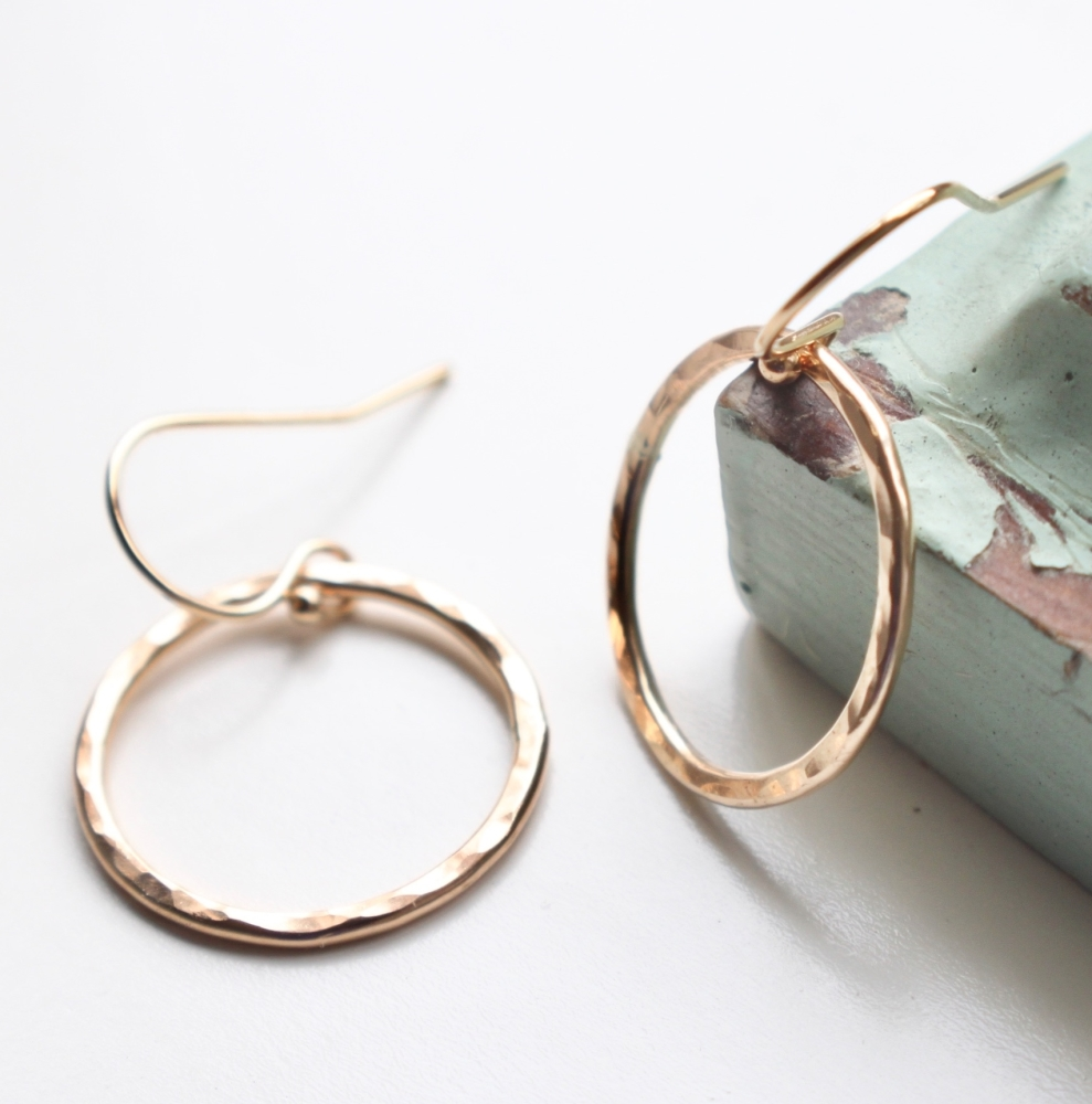 <!-- 08 -->'Simples' ring earrings