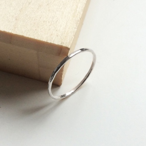 <!-- 007 -->Super Skinny ring
