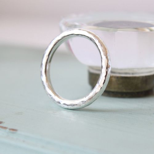 Halo wedding bands