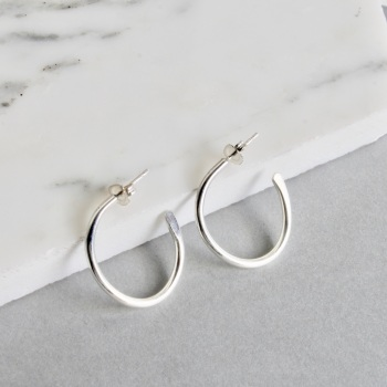 Signature Small Tapered Hoops