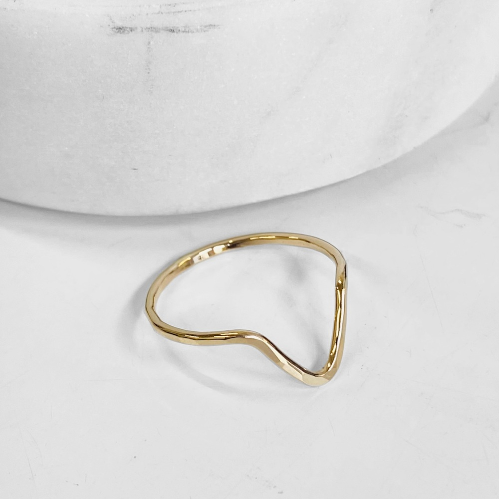 <!--7-->Arrow Ring