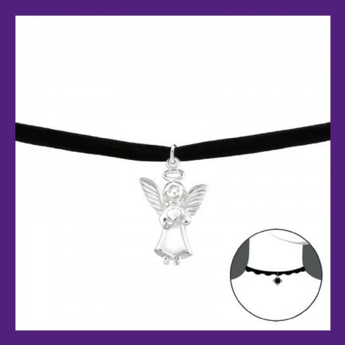Sterling Silver Little Angel, set on a black velvet choker Length : 38 cm,