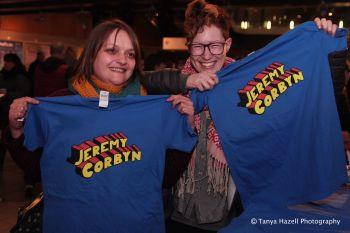 Jeremy Corbyn t-shirt - small