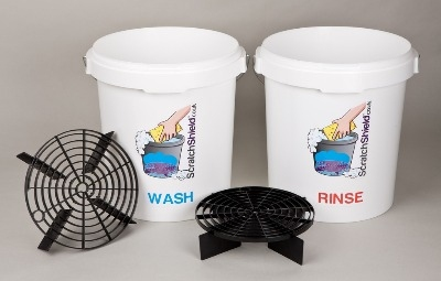 2 x Wash & Rinse Buckets with 2 x Scratch shields