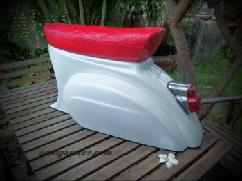 Retro Furniture - Vespa Stool