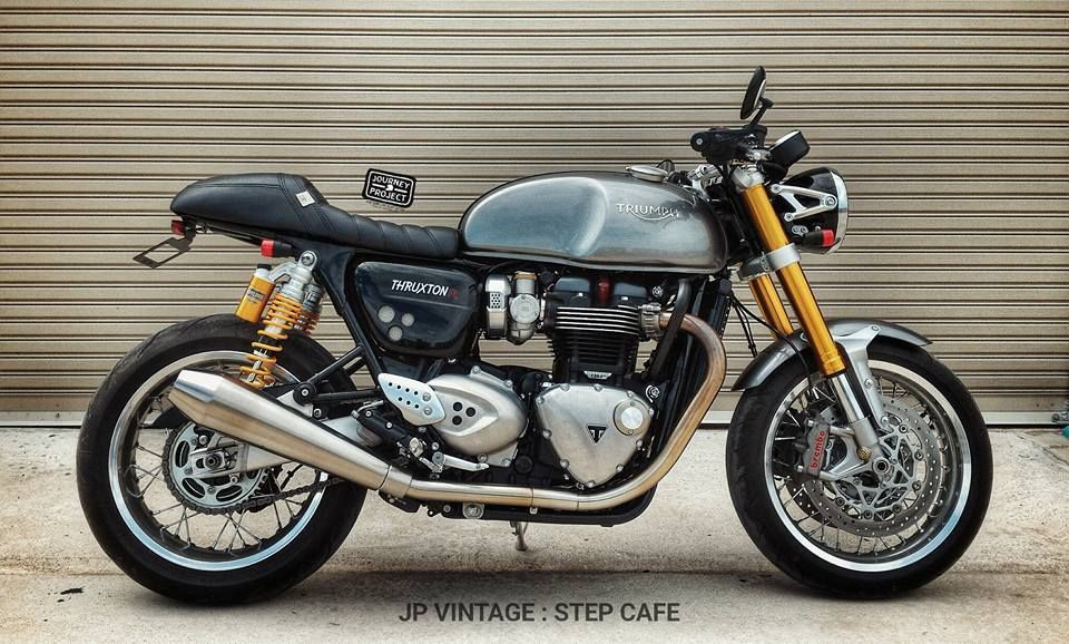 Omega Racer Step Cafe Seat Triumph Thruxton R