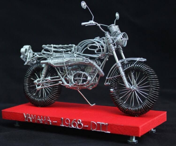 OmegaRacer Motorcycle wire model artwork (19)