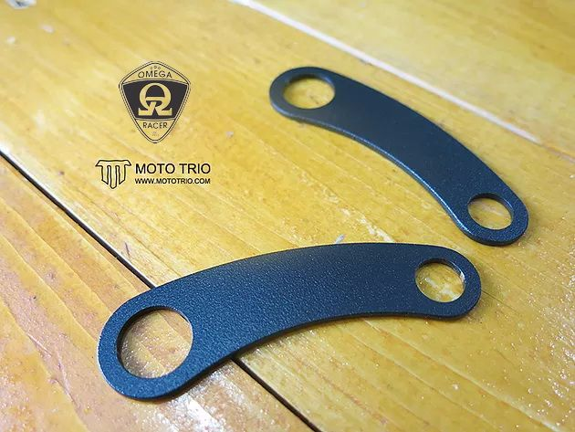 Triumph Street Twin - MotoTrio Rear Turn Signal Brackets
