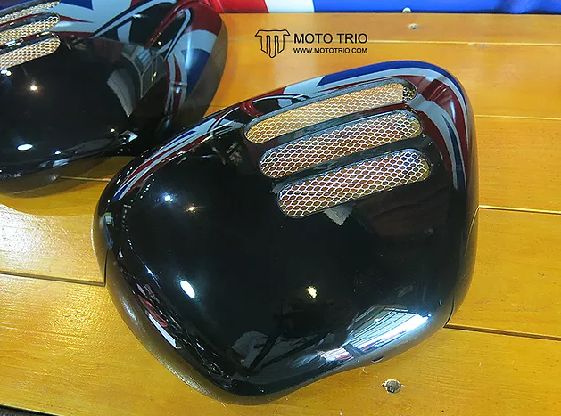 OmegaRacer MotoTrio T100 side covers3