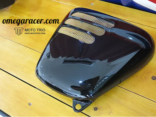 OmegaRacer Bonneville side covers2