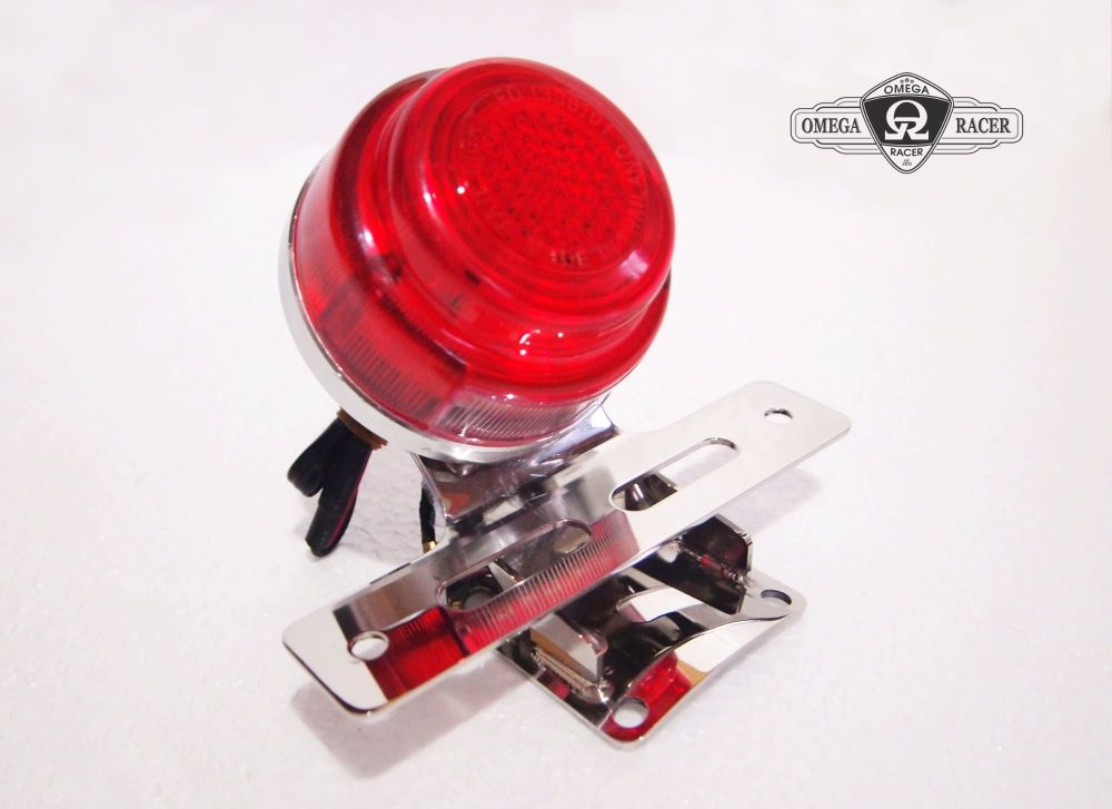Stop Light with integrated plate holder