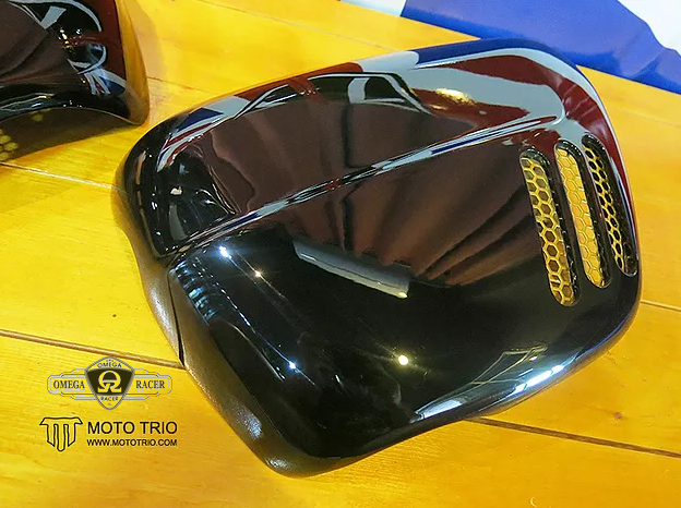 OmegaRacer MotoTrio side covers ThruxtonR (4)