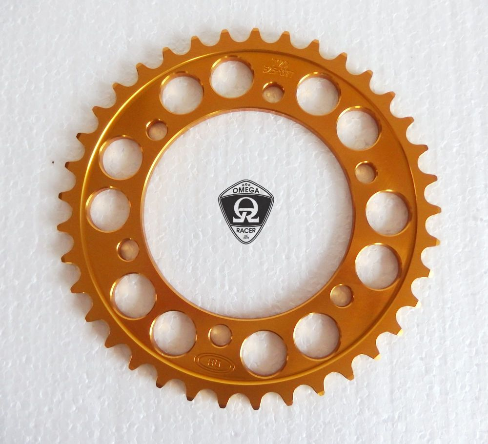 OmegaRacer Triumph T120 T100 alloy sprocket (1)