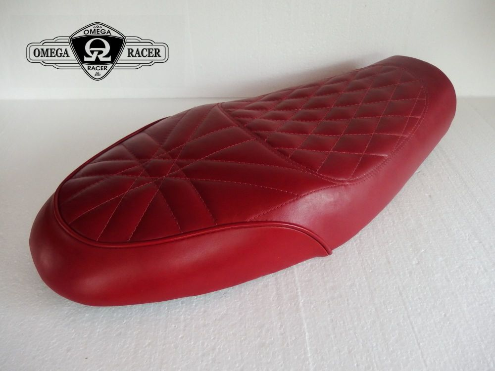 OmegaRacer Triumph Thruxton R Elite leather seat (2)