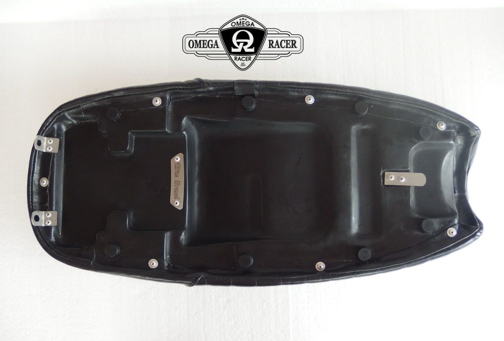 OmegaRacer Triumph Bonneville T100 ELITE leather seat (7)