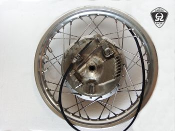 "Yamaha SR400/500 - Original 18"" Front Wheel with Drum Brake Hub"