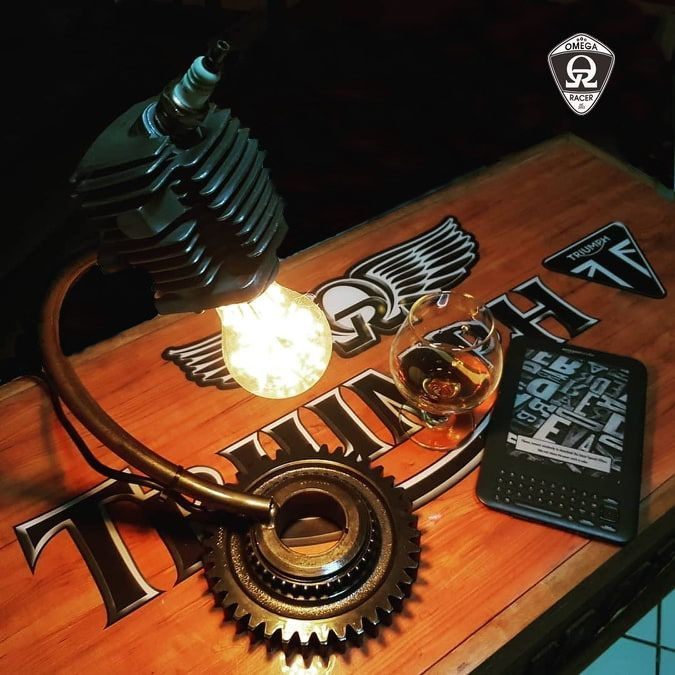 SteamPunk Engine Lamp - Table Top