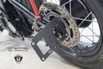 Triumph Bobber - MotoTrio - Swingarm Side Mount License Plate Bracket