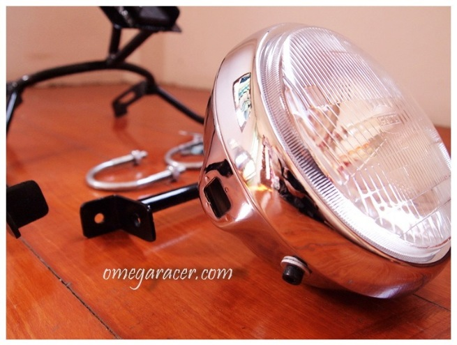 Kawasaki W650 Cafe Racer Fairing Headlight