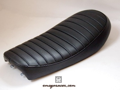 Yamaha SR Seat - Tracker - Black/Ribbed