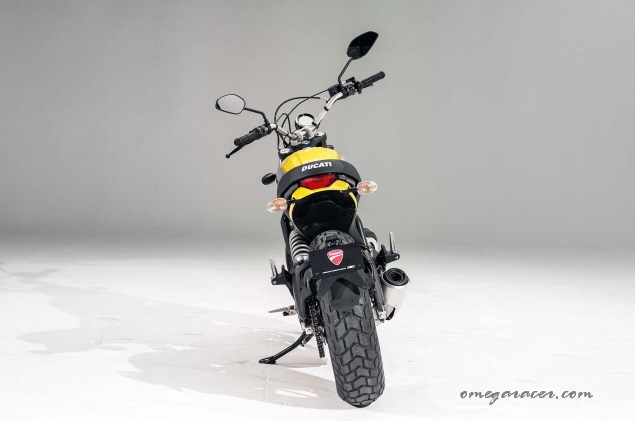 ducati-scrambler-up-close-26