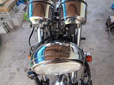 fitting-clip-on-handlebars---remove-headlight-brackets-2