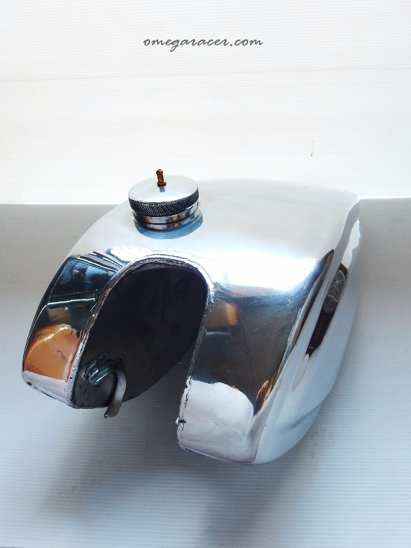 the wedge yamaha sr aluminium tank (4)