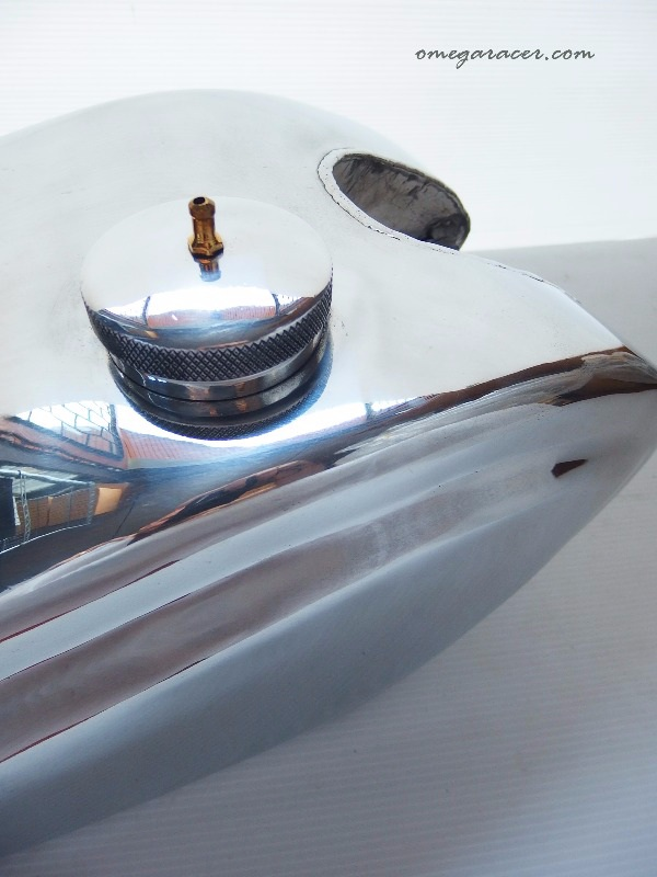 the wedge yamaha sr aluminium tank (7)