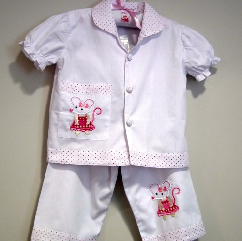 Girls 100% cotton short sleeved pyjamas with a mouse motif by Powellcraft.