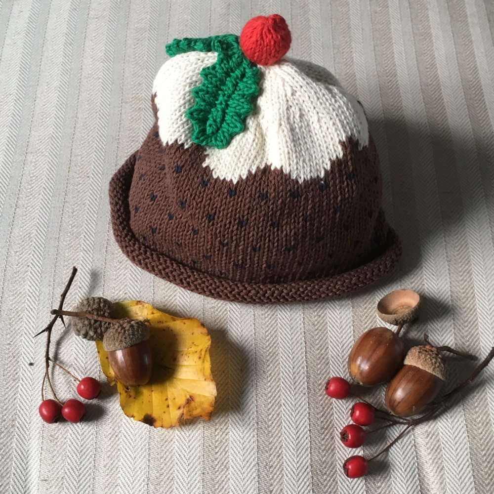 Cotton Knitted Hat - Christmas Pudding Hat