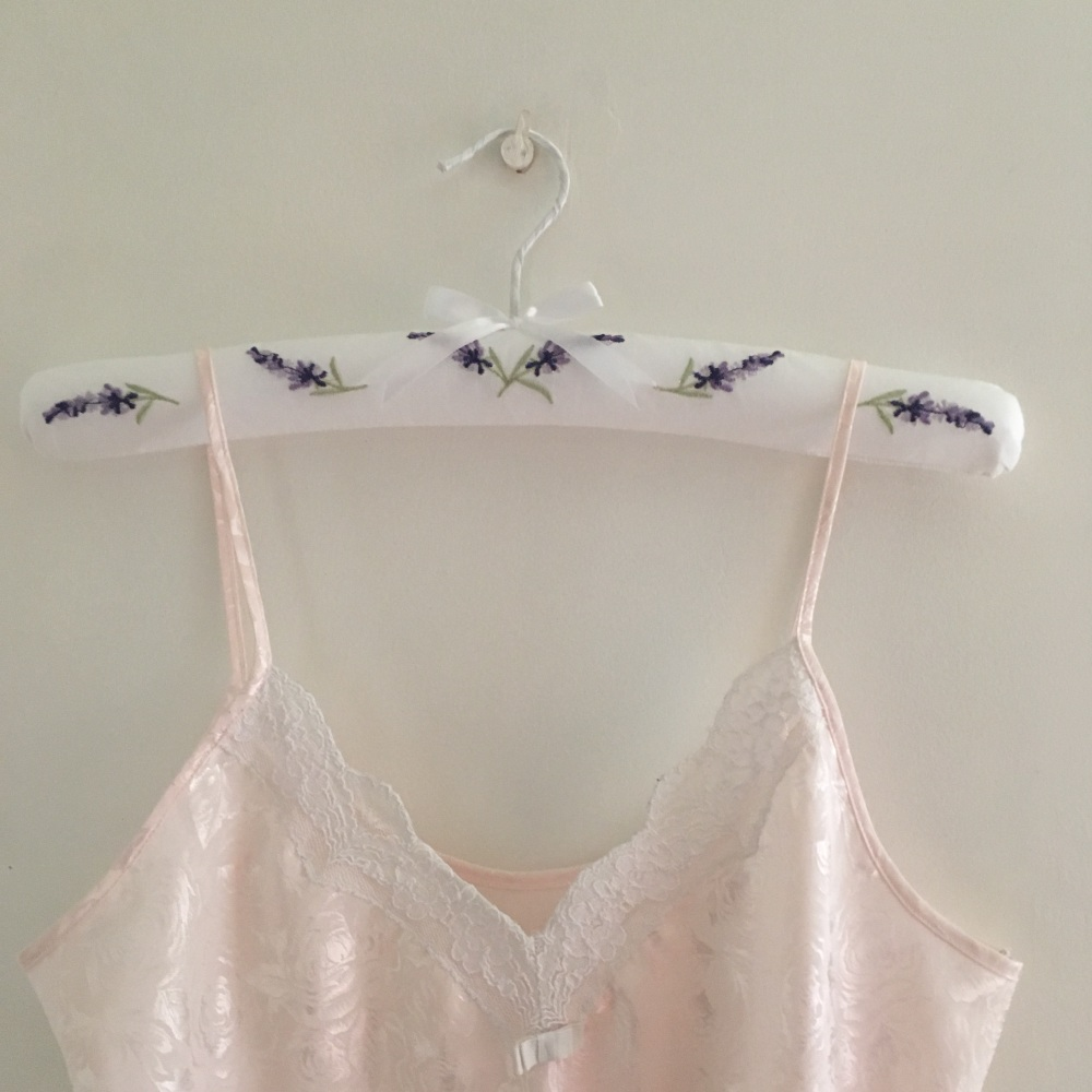 Padded Coathanger Lavender with Garment
