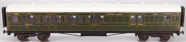 Mills3rd-Luggage (2) CorridorREV 01