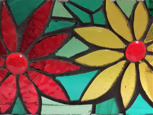 525 Stained Glass Applique - Sunday 24th May 2020, 10am - 5pm