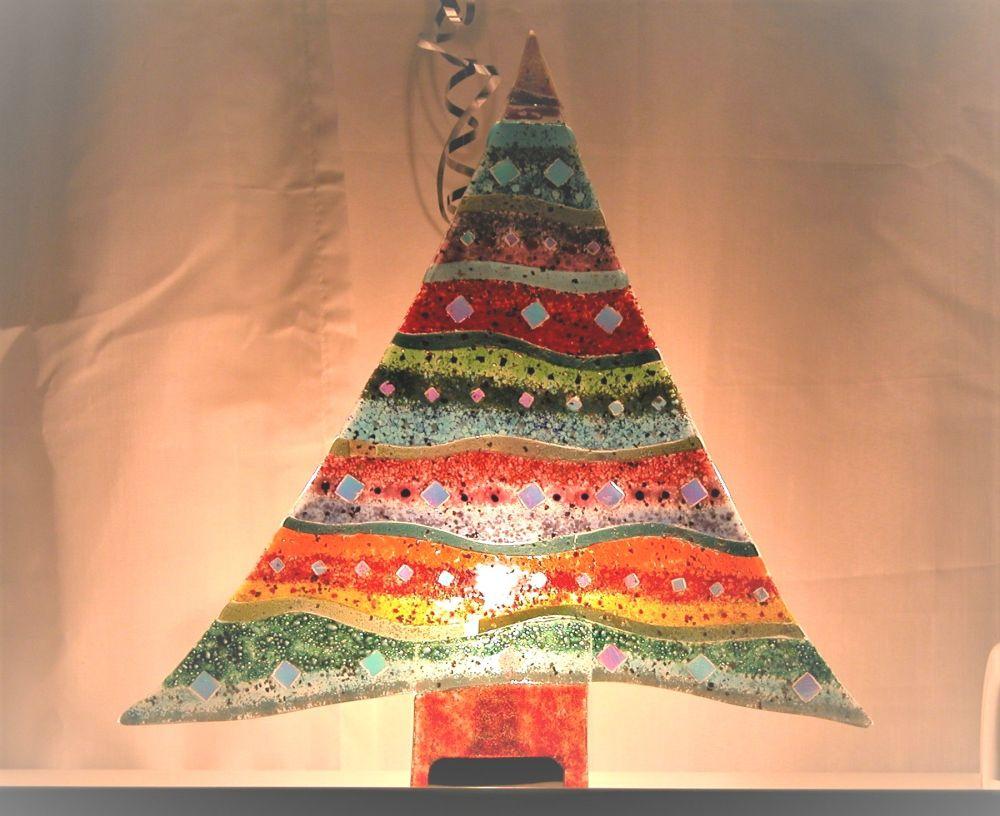 Make A Standing Fused Glass Christmas Tree