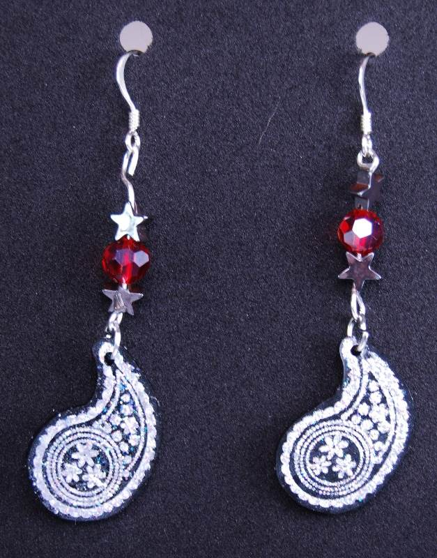 perfect paisley earrings