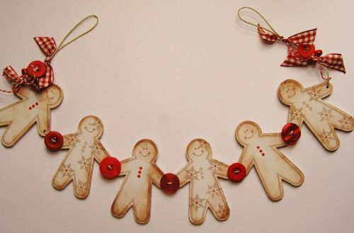 MDF Gingerbread Men - small set