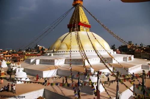 everest -kathmandu stupa