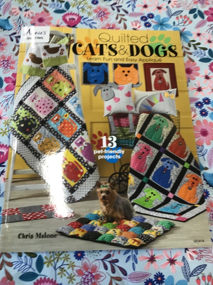 Annie's Quilting - Quilted Cats and Dogs