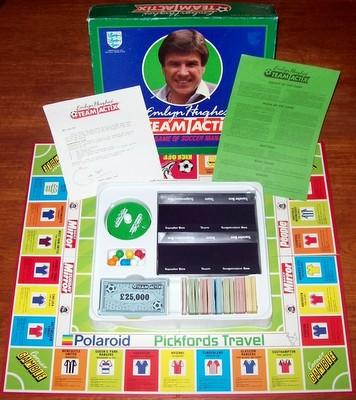 'Emlyn Hughes' Team Tactix' Board Game