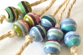 earing beads 1j sized