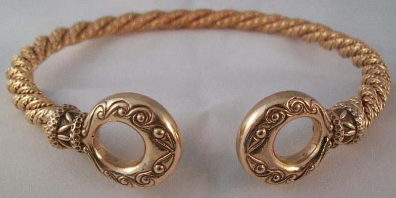 spiral donut bronze torc