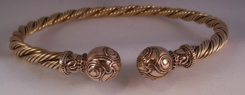 spiral ball bronze torc