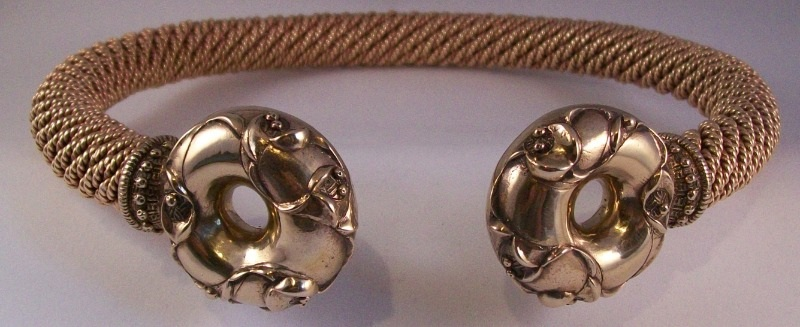 sedgeford torc bronze