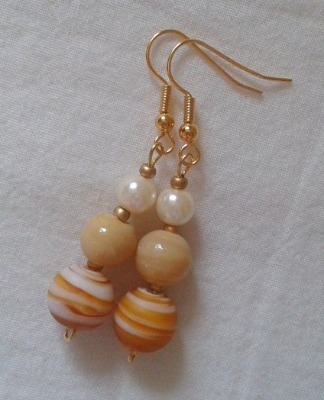 Beige Bead and Pearl Earrings