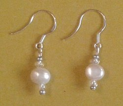 Cream Freshwater Pearl Earrings - sterling silver