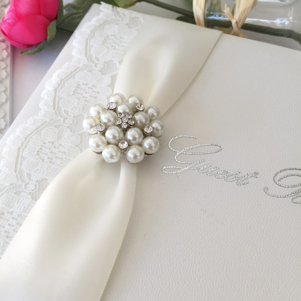 Vintage style guest book with lace